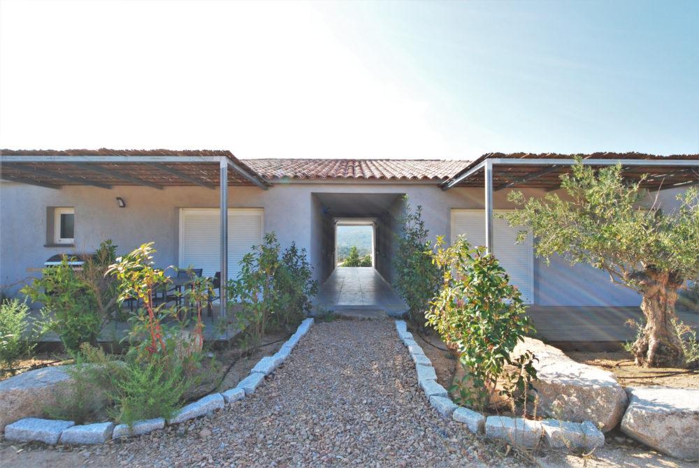 14-vente-appartement-T3-Residence-Gardien-Piscine-Santa-Giulia-Palombaggia