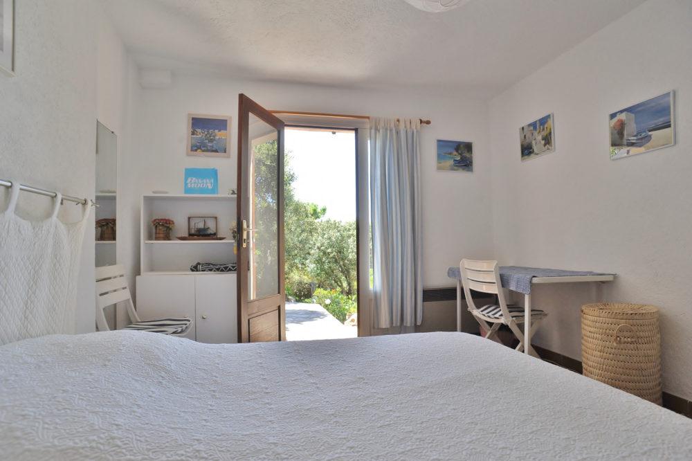 24-Vente-Villa-Porto-Vecchio-Santa-Giulia-Palombaggia-Vue-Mer-Piscine-Plage-Domaine-Privé